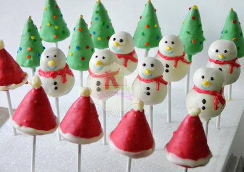 ChristmasCakePops-ChocolatyCakes