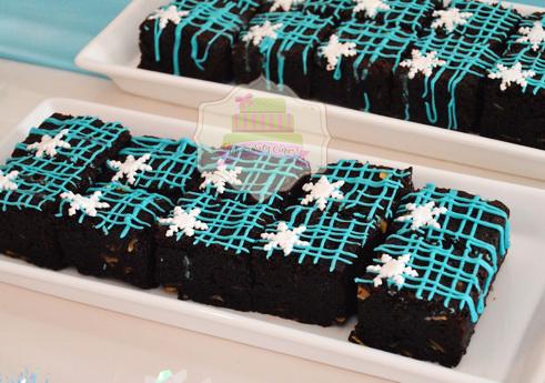 FrozenDessertTablefor Alleira-ChocolatyCakes