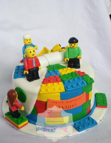 LegoCakeforRashid-ChocolatyCakes
