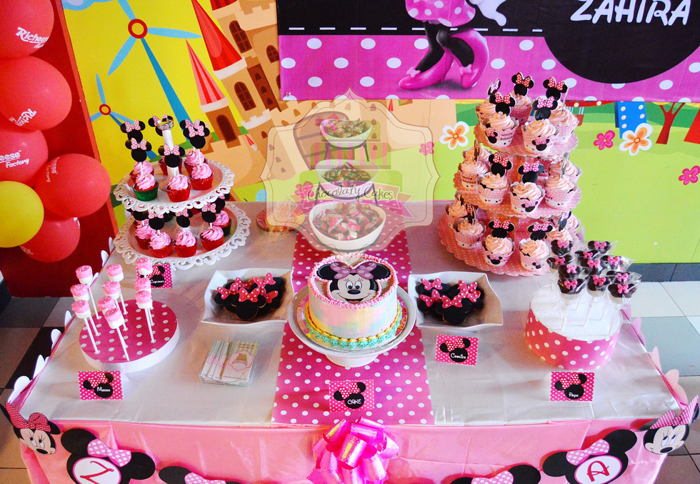 Minnie Mouse Dessert Table For Zahira